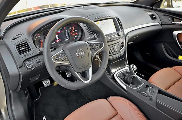 Opel Insignia-8