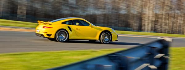 Porsche 911 Turbo S-10