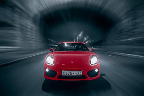 Porsche Cayman-4
