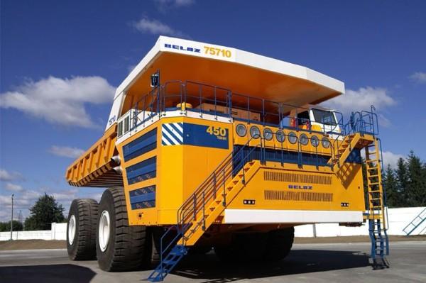 Самый большой грузовик БелАЗ-75710 2014 Фото 006