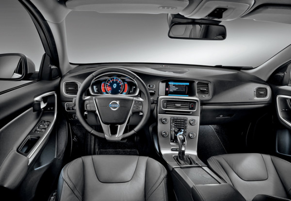 Volvo S60-6