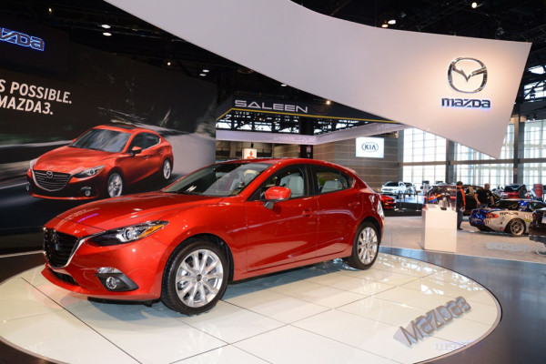 хэтчбек Mazda 3 2014 Фото 02
