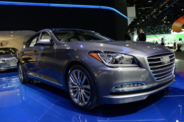 Hyundai Genesis 2015 Фото 09